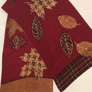 Vintage Scarf Maple Leafs, Plaid & textured design